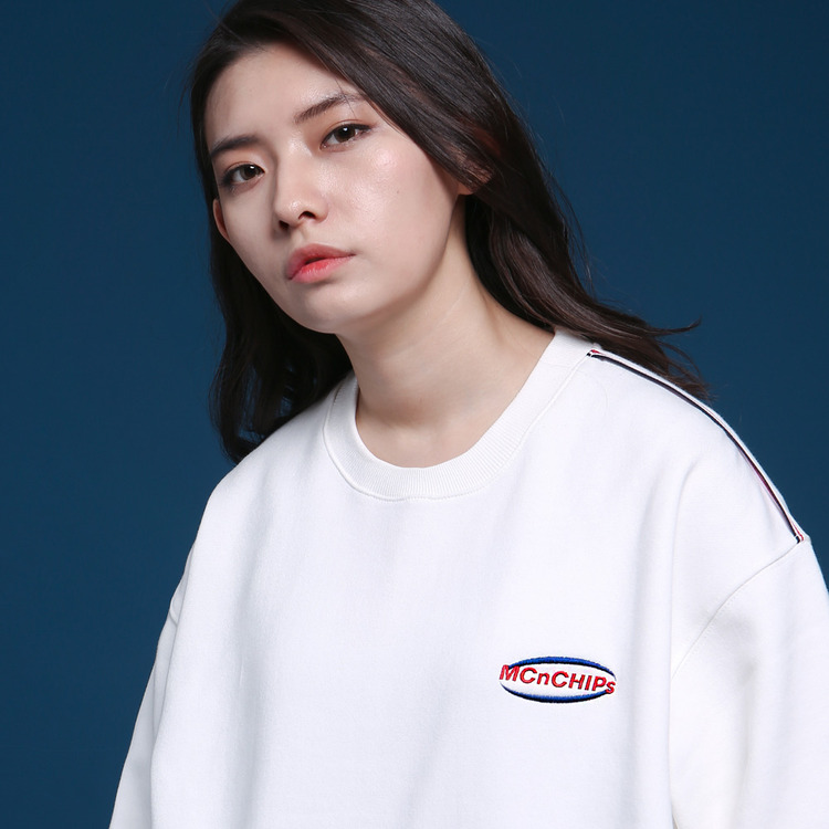 MNC POCKET SWEATSHIRT - IVORY