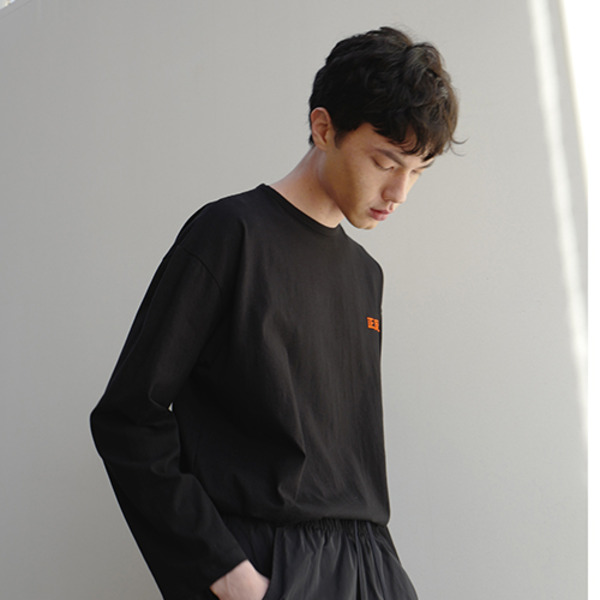 OVER FIT LONG SLEEVE T-SHIRTS - BLACK