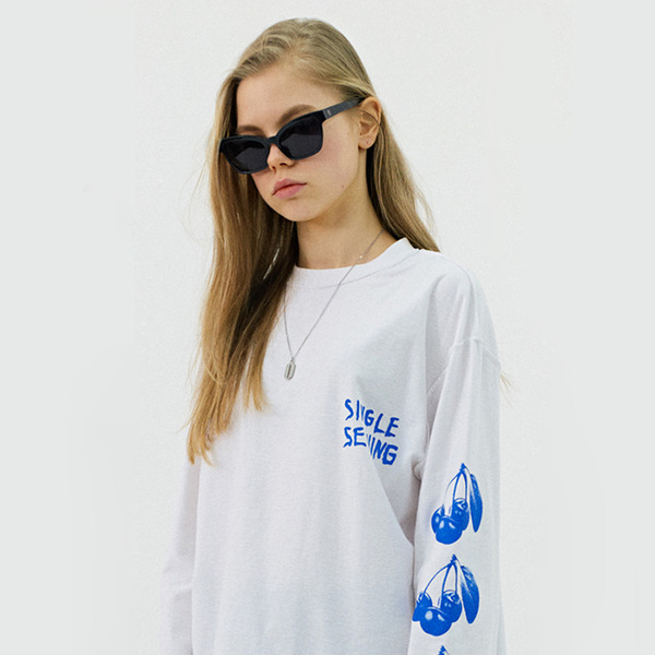CHERRY LONG SLEEVE GS [WHITE]