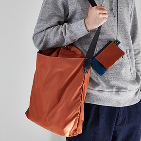 ACTIVE UNISEX BUCKET BAG - ORANGE