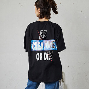 COMPLEMETARY COLORED SLOGAN T-SHIRTS