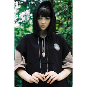 LAYERED HOOD T - BLACK