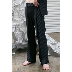 HALF STRIPE SLACKS