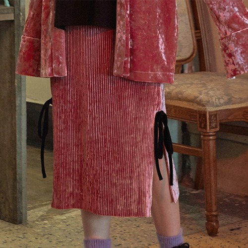 VVV PINK VELVET PLEATS SKIRT