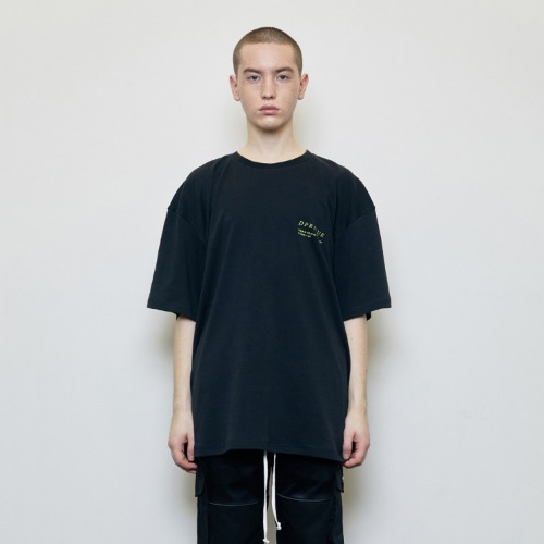 Oversized 'Visible' T-shirt Black