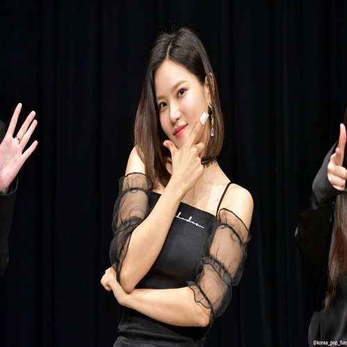 [베리굿-서율착용] shirring crop top(black), lace ops(black)