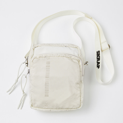 AIR SMALL BAG OFF WHITE