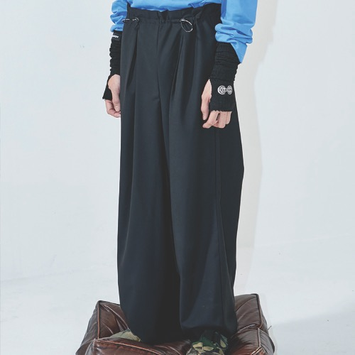 TUCK WIDE PANTS - BLACK