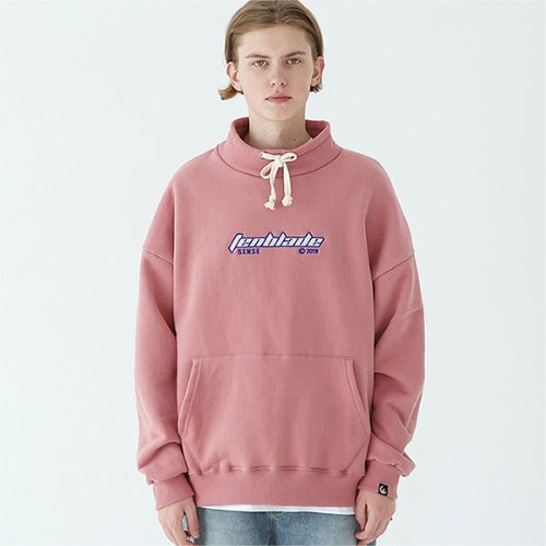outdoor gothic logo pullover pale-pink