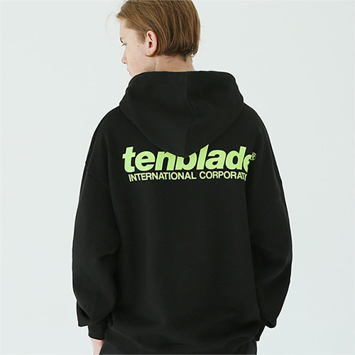 international print hoodie black