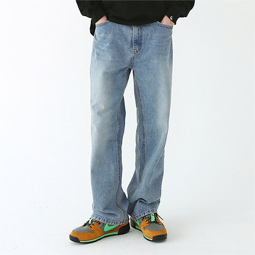 standard washing denim pants light-blue