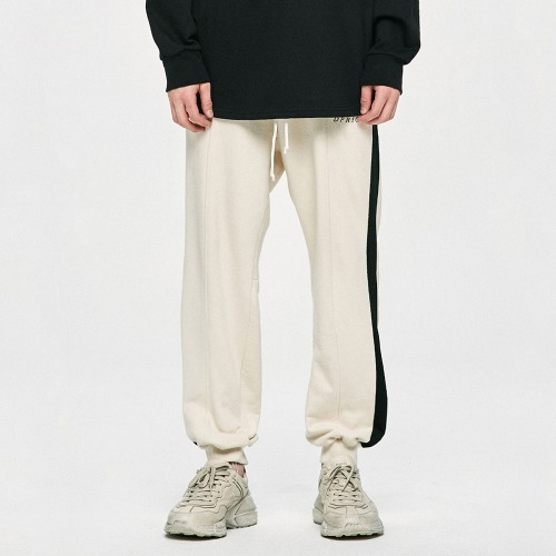 [여자친구 신비 착용] Cotton Track Pants - Beige/Black