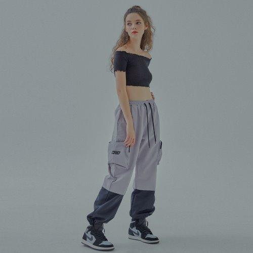 POCKET LOGO TECH PANTS - GREY