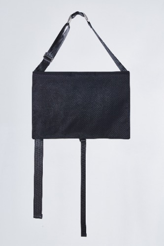 TWO BUCKLE SQUARE BAG-BLACK