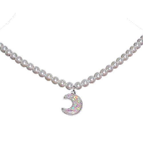 Pearl and moon necklace